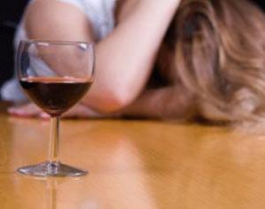 Бросила пить алкоголь а голова болит